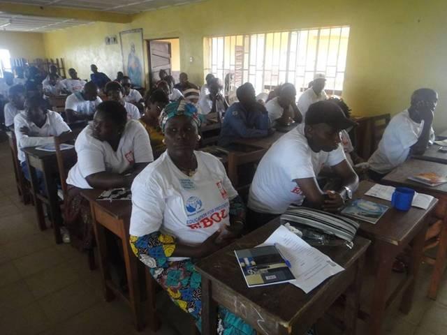 Manos Unidas contra el ébola.Cursos de capacitación en Sierra Leona
