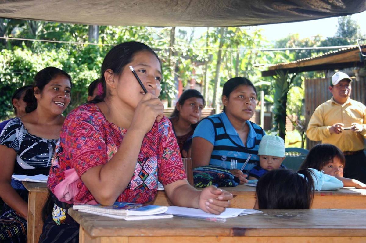 Alumnas del centro de Alfabetización. Guatemala_Chema Puchades