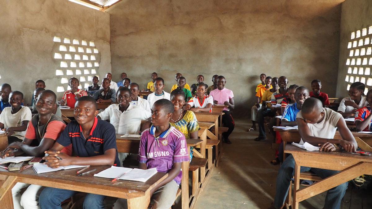 Una imagen de la escuela de secundaria de Bema financiada por Manos Unidas- Foto  Misión de Bangassou/Fundación Bangassou