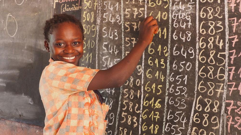 se calcula que en 2050 será el continente más poblado de la tierra, pero también el más joven, con un 45% de la población de menos de 18 años.Foto  Misión de Bangassou/Fundación Bangassou