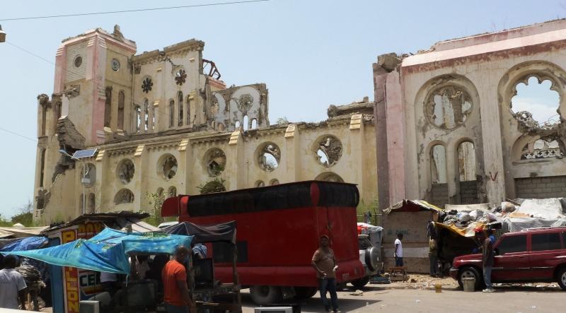 Foto Manos Unidas - Catedral de Puerto Príncipe