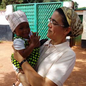 Victoria Braquehais, Misionera en Ngovayang, Camerún.