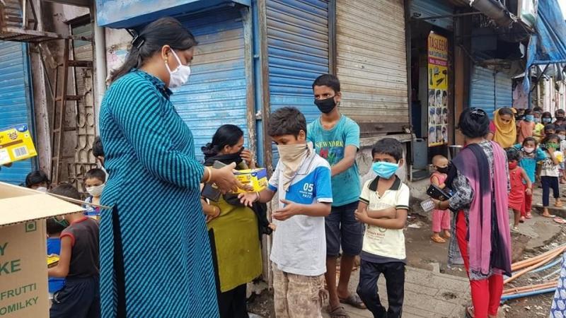 Entrega de Ayuda de emergencia por coronavirus en Pune. Foto:Don Bosco