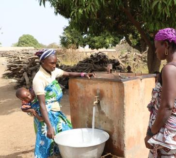 Agua en África: la diferencia entre la vida y la muerte