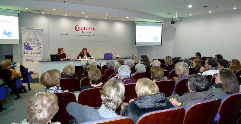 Esther Freijanes y Laura Gonzalvo presentan la 60 campaña de Manos Unidas