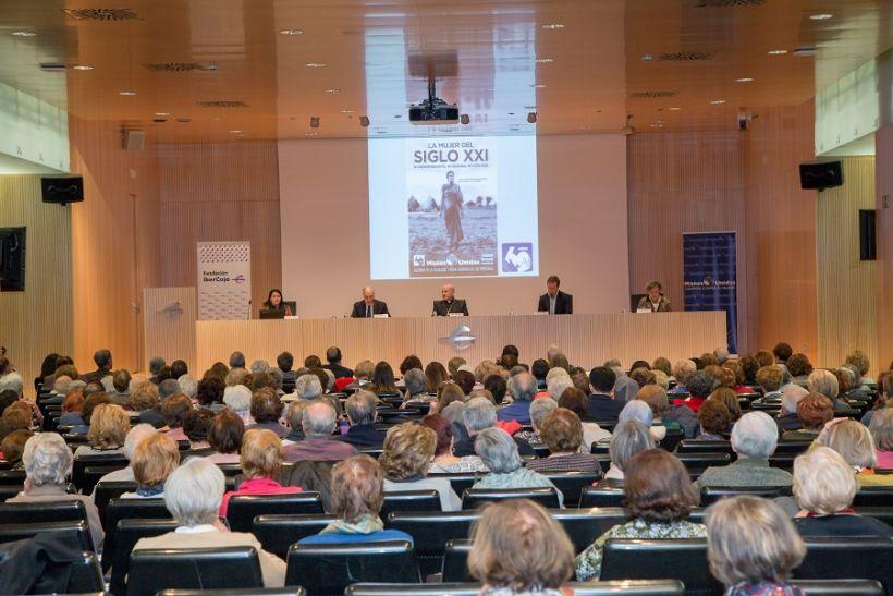 Acto Institucional de presentación de la LX Campaña de Manos Unidas en Zaragoza