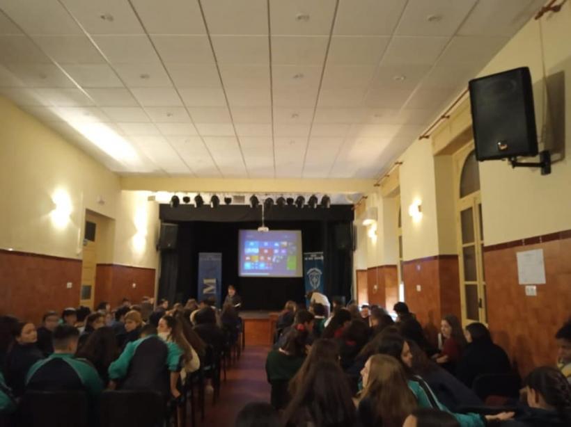 Epd En El Colegio San Miguel Adoratrices Ong Manos Unidas