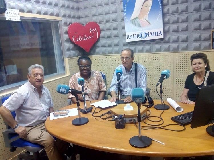 Manos Unidas con la misionera Alfonsina en Radio María