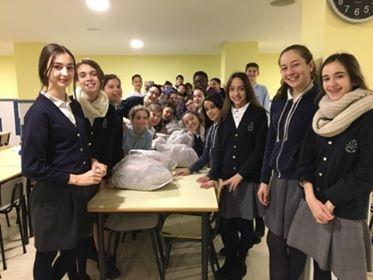 Desayuno solidario en Escuela Mare de Déu del Carme