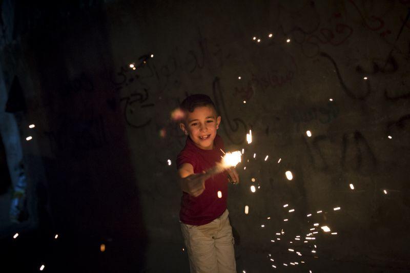 Un niño en el campo de refugiados de Dheisheh. Foto de Javier Carbajal