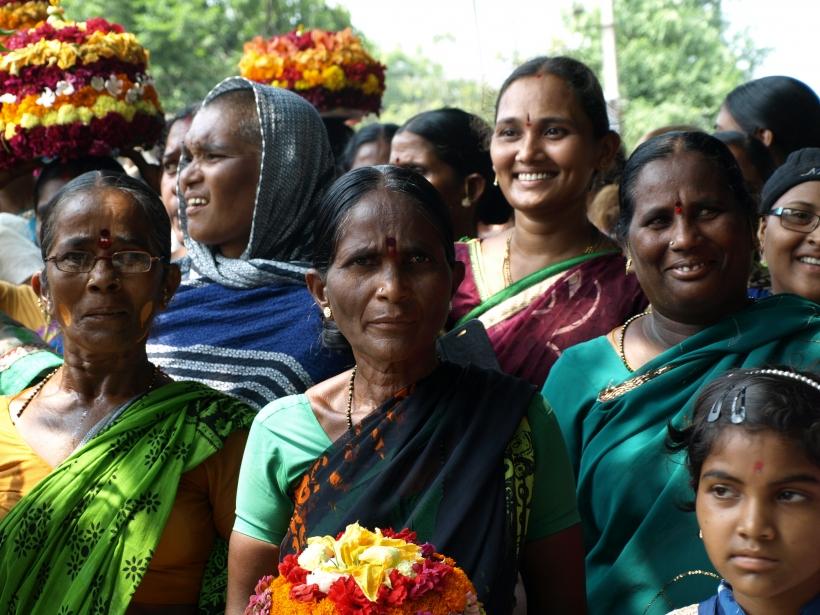 Mujeres en Hyderabad. Foto: Manos Unidas/María José Pérez