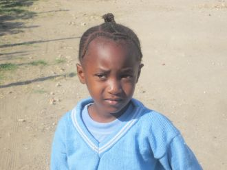 Niña de Tanzania
