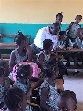 Escuela de Primaria en Freetown. Foto: Manos Unidas/Olivia Herbosch Huidobro