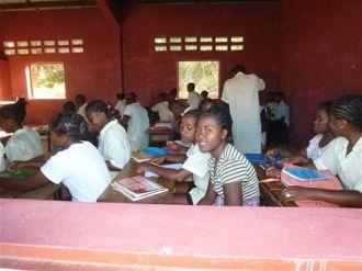 Construccion Aulas Madagascar Manos Unidas