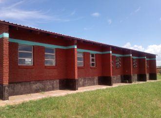 Centro destinado a educación primaria en el campo de refugiados de Dzaleka