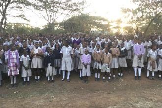 La educación, especialmente a las niñas, las ayudará a salir de situaciones de pobreza y violencia.
