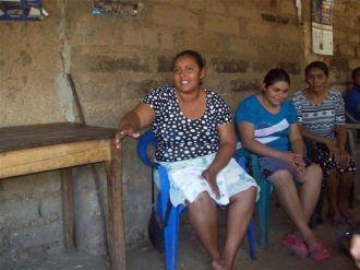 Mujeres de 6 municipios de Departamentos de San Vicente y Sonsonate