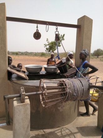 Acceso al agua potable, al saneamiento y la seguridad alimentaria en la Región de las Sabanas. Foto: Manos Unidas