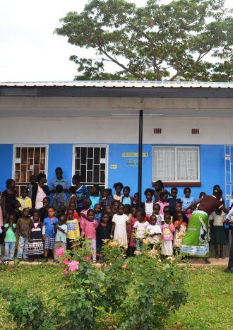 Escuela de primaria en la zona rural de Waterfalls, Zambia