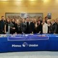 El alcalde de Catarroja y la corporación municipal con las compañeras de la delegación comarcal de Manos Unidas en Catarroja.