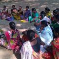 Reunión de mujeres para darles formación