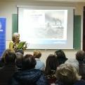 """Ana Ruiz Ruiz, presidenta delegada de Manos Unidas Valencia explicó la campaña """"Quien más sufre el maltrato al planeta no eres tú"""""""
