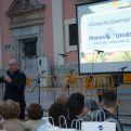 Monseñor Arturo Ros dirigió unas palabras a los asistentes a la Cena del Hambre