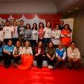 Participantes en el Mercadillo Solidario de Navidad Mapfre 2019