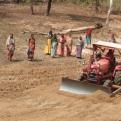 El conocimiento de técnicas agrícolas les ayuda a mejorar notablemente sus cosechas y a mejorar su alimentación.