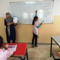 Clases de repaso en el Centro Baraka de Nador para niños cuyas madres están en Talleres de Formación.