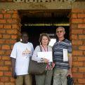 Visita de la construcción de una escuela rural