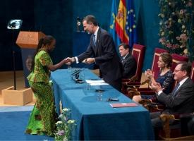 Caddy Adzuba_ Premio Internacional Manos Unidas 60 aniversario