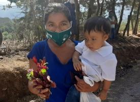 Foto de actividades sanitarias, formativas y de protesta social en Guatemala