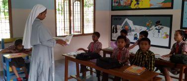 Proyecto Manos Unidas Valencia - Equipamiento de escuela rural para niños discapacitados
