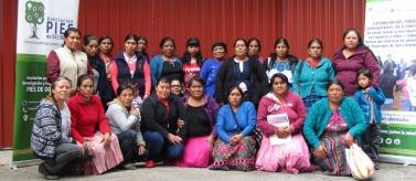 Mujeres en el municipio de San Lorenzo, departamento de San Marcos (Guatemala)