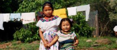 Niñas indígenas mexicanas