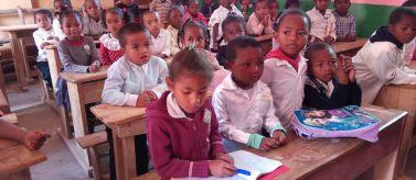 Acceso a la educación primaria y secundaria en Belo Sur Mer. Fotos: Manos Unidas