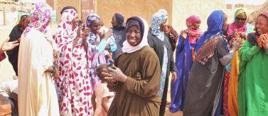 Apoyo a la avicultura tradicional gestionada por mujeres. Foto: Manos Unidas/Mª de los Ángeles Fernández