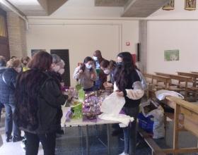 Bombones solidarios en la Parroquia Nuestra Sra. del Pilar de Echavacoiz de Pamplona
