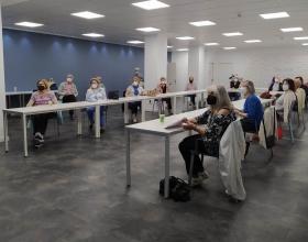 Reunión de voluntarios de Manos Unidas Valencia para hacer balance e impulsar nuestras próximas actividades.