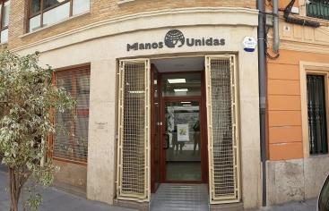 Nueva sede: Manos Unidas Valencia, C/ Avellanas, 14, bajo. 46003 Valencia (detrás de la Plaza de la Reina). .