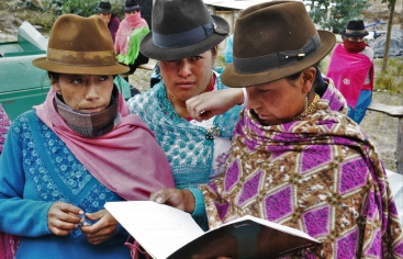 Pueblos Indígenas.Campesinas de la Parroquia Chugchilan/ Foto: Ana Pérez