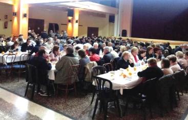 Cena del Hambre en la comarcal de Manos Unidas Valencia de Puzol.