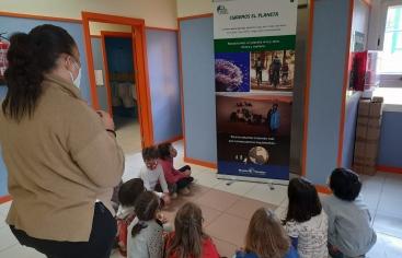 """Exposición """"Cuidemos el Planeta"""" en el CP Sierra Oeste de Sta. María de la Alameda (Madrid)"""