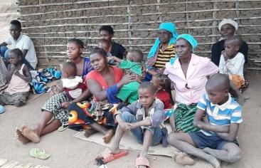 Personas desplazadas por el conflicto de Cabo Delgado. Foto: Manos Unidas/Diócesis de Nacala