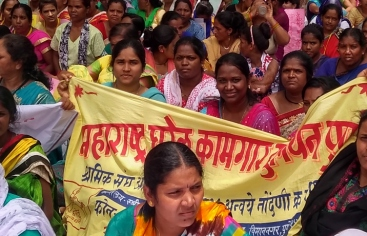 En la imagen, manifestación que reunió en Delhi a distintos sindicatos de empleadas de hogar a nivel nacional.