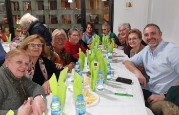 """El Centro Cívico """"El Passeig"""" acoge una Cena del Hambre"""