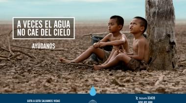 """Imagen campaña Manos Unidas """"A veces el agua no cae del cielo"""""""