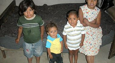Una de las familias beneficiarias del proyecto de mejora del hábitat