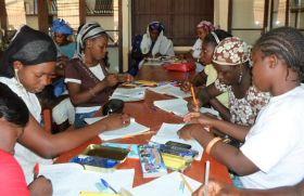 Dignificación de la situación de las mujeres en asentamientos marginales urbanos